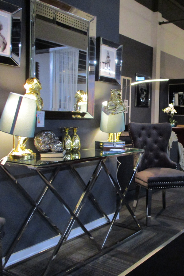 hugowonen showroom1